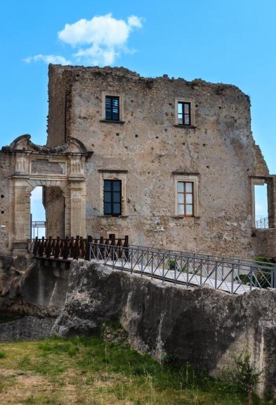 Castello di Fiumefreddo in Calabria
